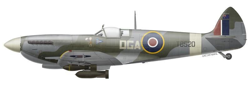 RAAF, Spitfire Mk XVIe TB520, piloté par le W/C Don Andrews, Australian Spitfire Wing, avril 1945