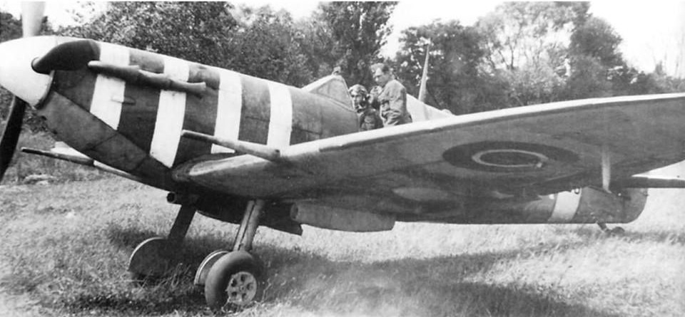 Spitfire Mk Vb AA853 flown by Wg Cdr Stefan Witorzeńć, a Polish ace with 5 kills and commanding officer of the 2nd Polish Fighter Wing (later No. 133 (Polish) Wing RAF) .