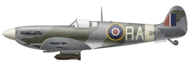 Spitfire Mk Vb, BM316, piloté par le G/C Richard L. R. Atcherley, commandant du Kenley Wing, printemps 1942.